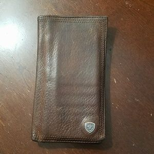 Ariat wallet